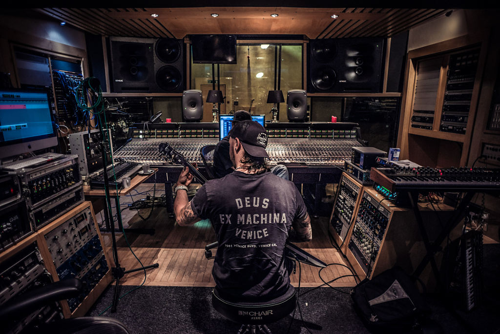Matt Tuck in the Studio
